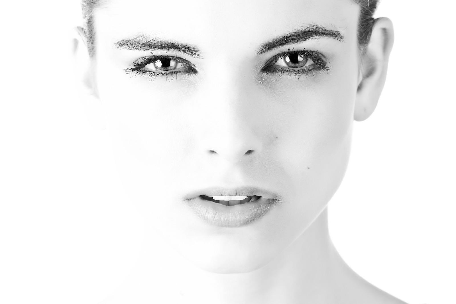Weibliches Gesicht